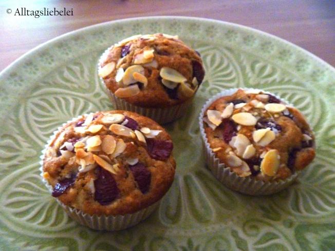 Apfel-Kirsch-Mandel-Muffins